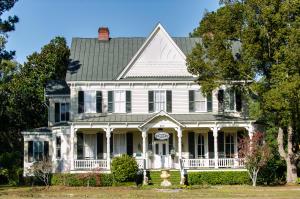 Home for Sale Main Street, Summerville, SC