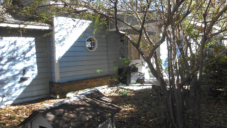 Photo of 221 N Live Oak Dr, Moncks Corner, SC 29461