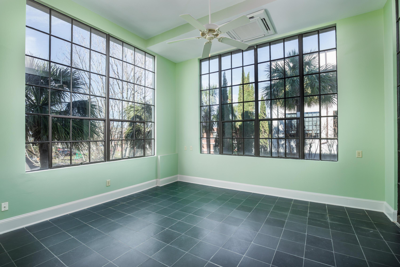 Photo of 3 Chisolm St, Charleston, SC 29401