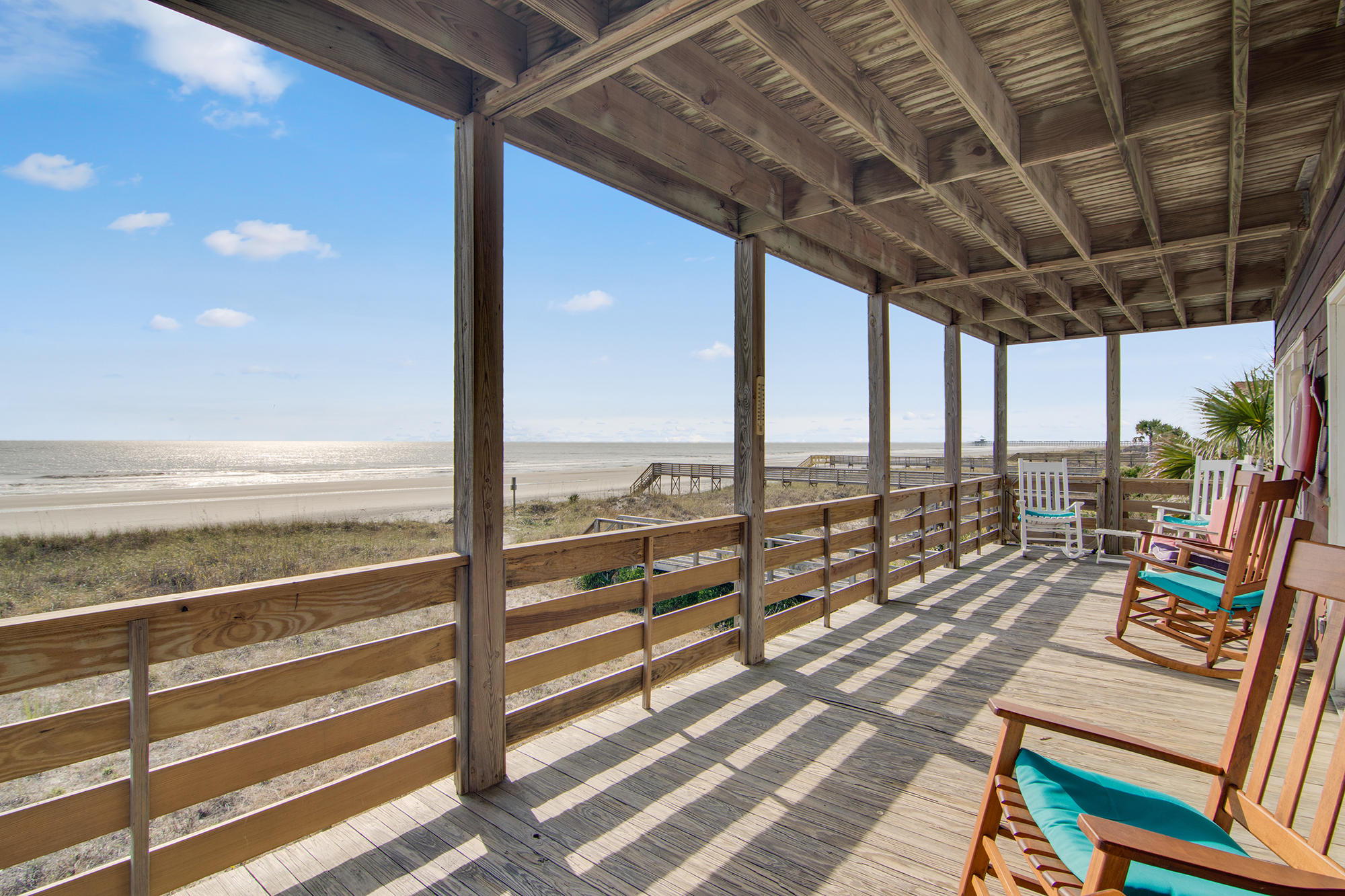 Photo of 611 E Arctic Ave, Folly Beach, SC 29439