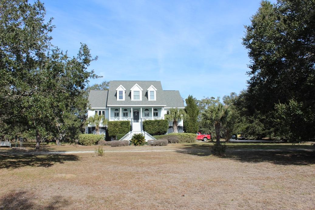 Photo of 7660 Blue House Ln, Edisto Island, SC 29438