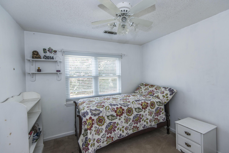 Photo of 233 Brailsford Rd, Summerville, SC 29485