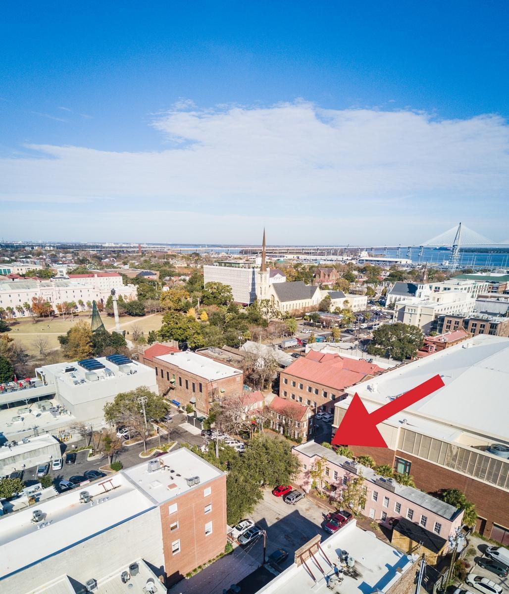 Photo of 21 Burns Ln, Charleston, SC 29401