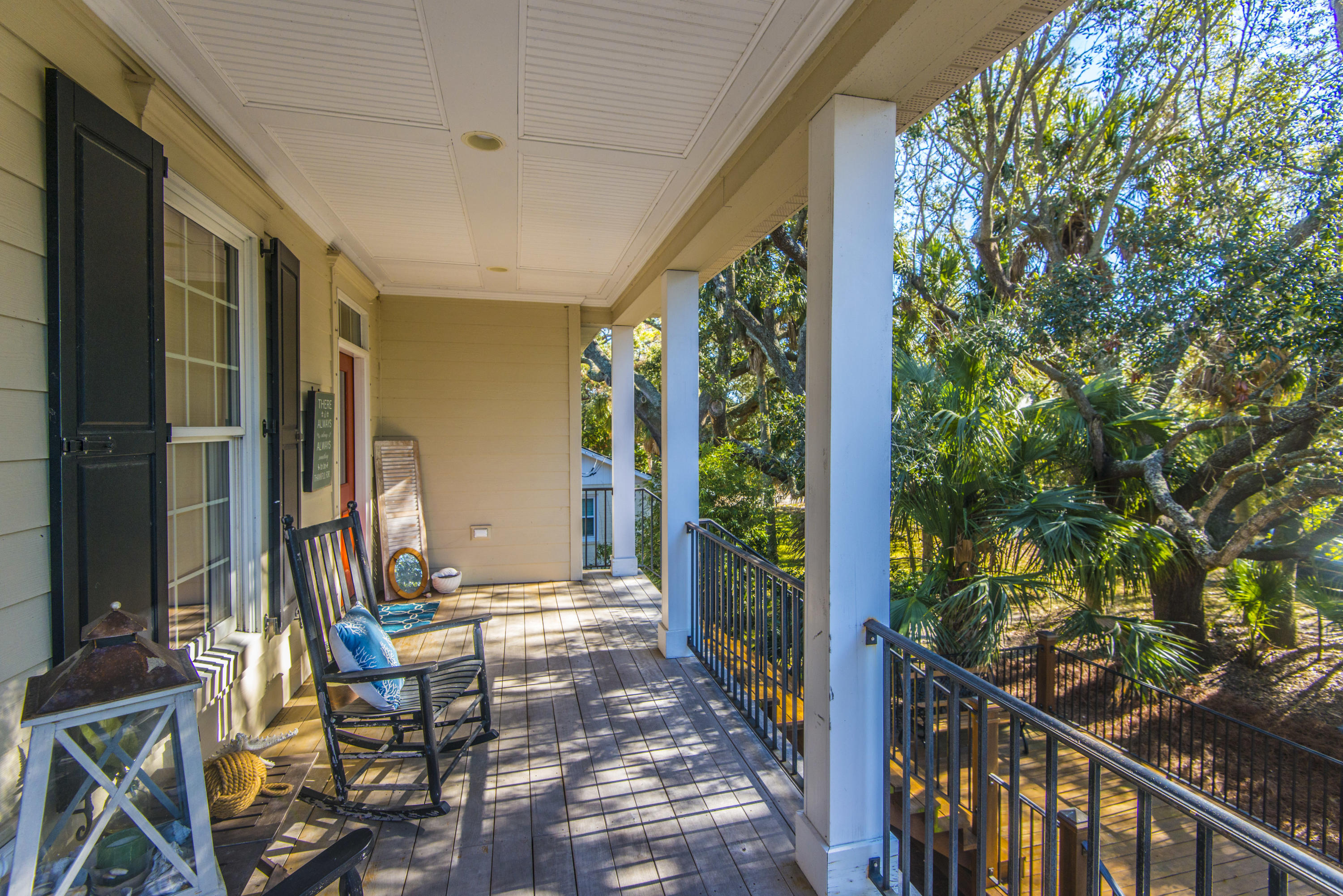 Photo of 1678 Oak Island Dr, Charleston, SC 29412