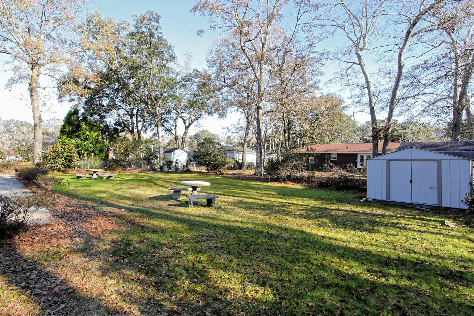 Photo of 24 Shrewsbury Rd, Charleston, SC 29407