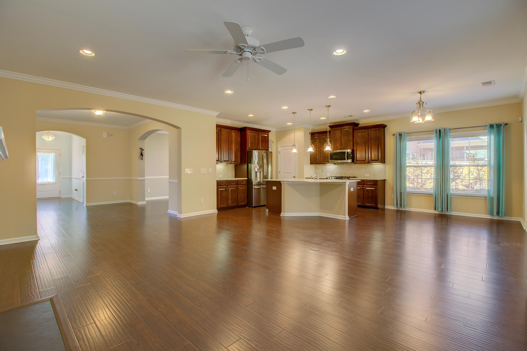 Photo of 206 Pagoda Tree Dr, Goose Creek, SC 29445