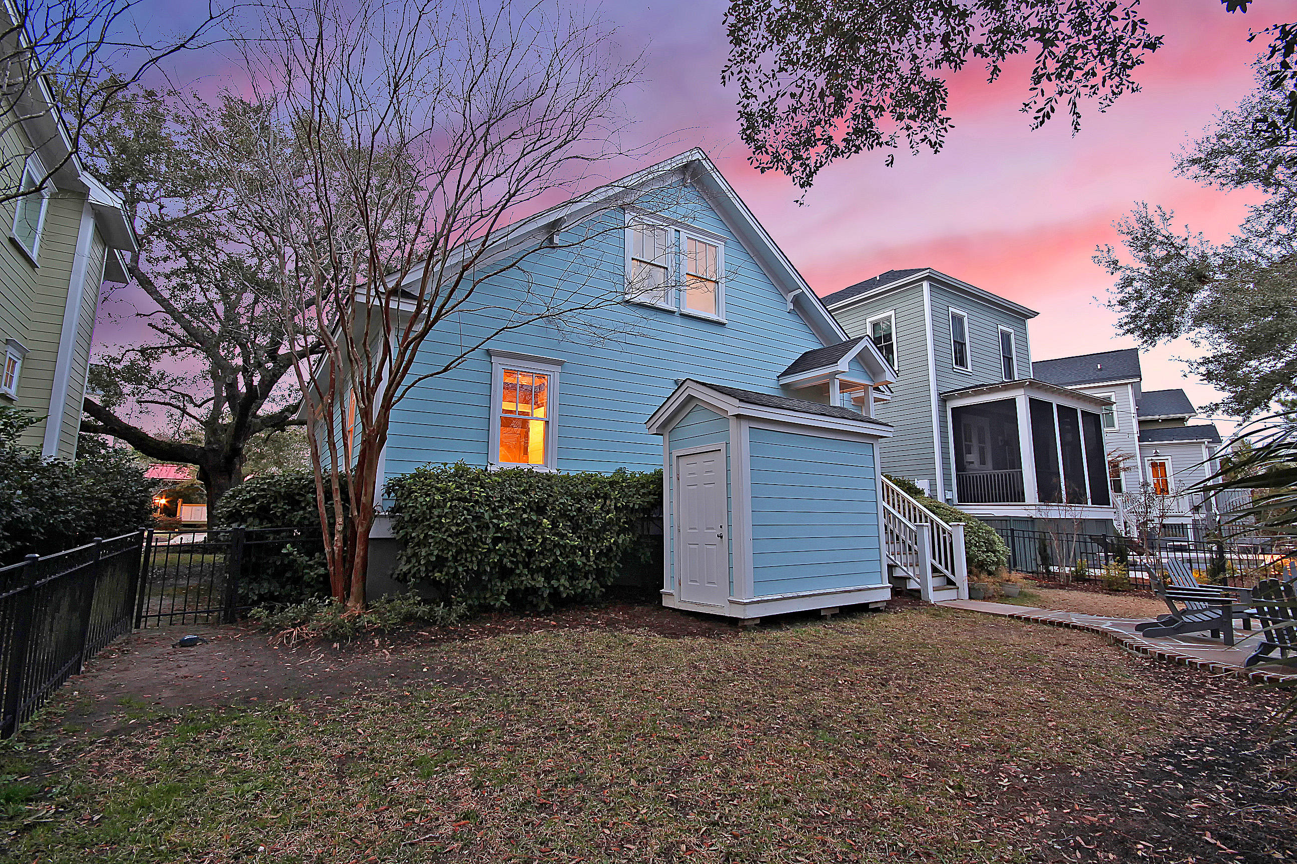 Home for sale 184 Mary Ellen Drive, Longborough, Downtown Charleston, SC