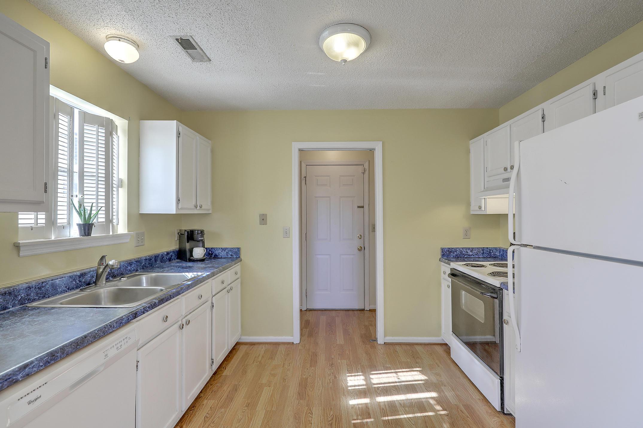 Crichton Parish Homes For Sale - 107 Parish Parc, Summerville, SC - 11