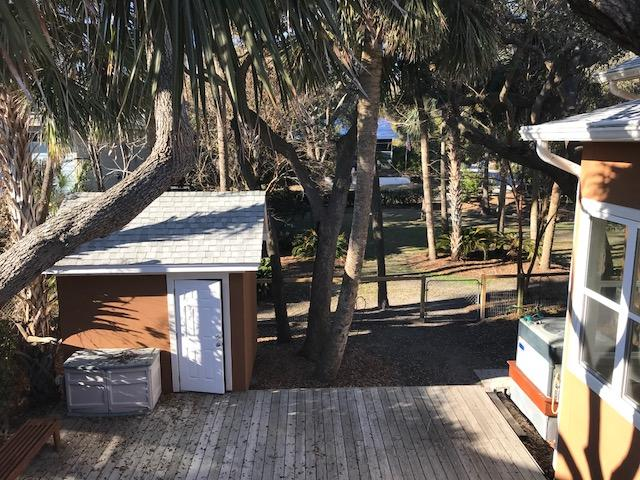 Photo of 520 E Arctic Ave, Folly Beach, SC 29439