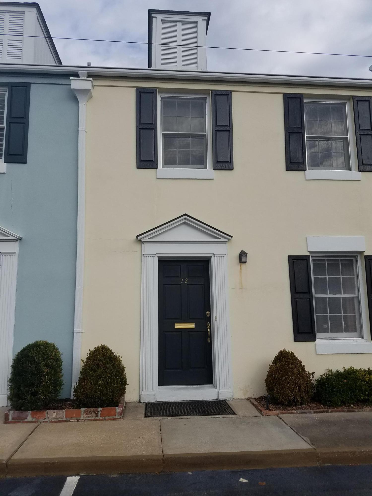 Home for sale 22 Charlestowne Court, Harleston Village, Downtown Charleston, SC
