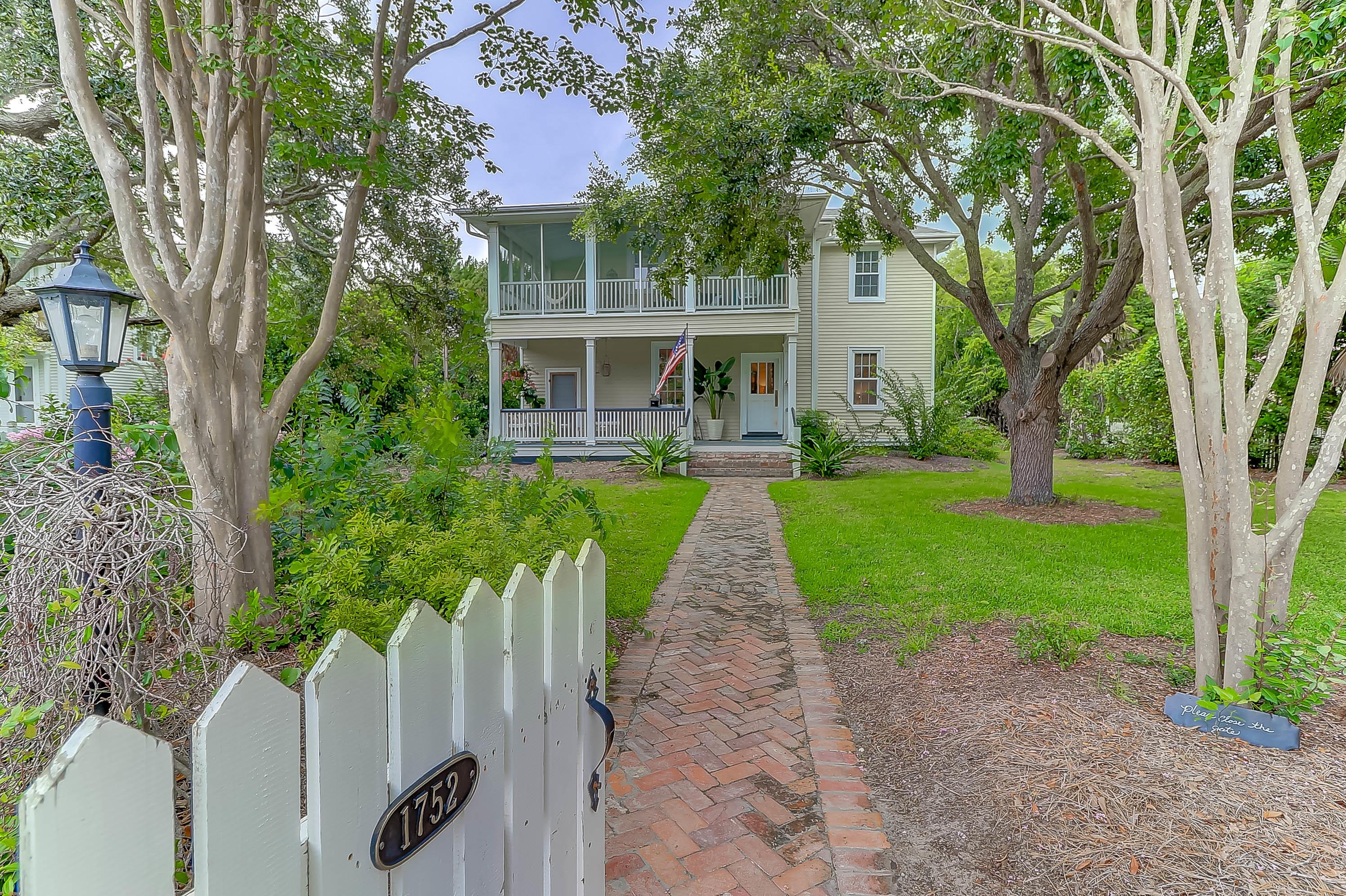 Photo of 1752 Central Ave, Sullivan's Island, SC 29482