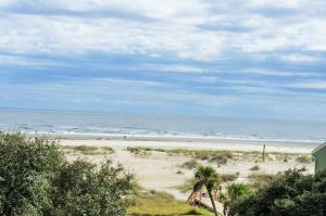 Home for Sale Shipwatch (1/13th Share, #6) , Wild Dunes , SC