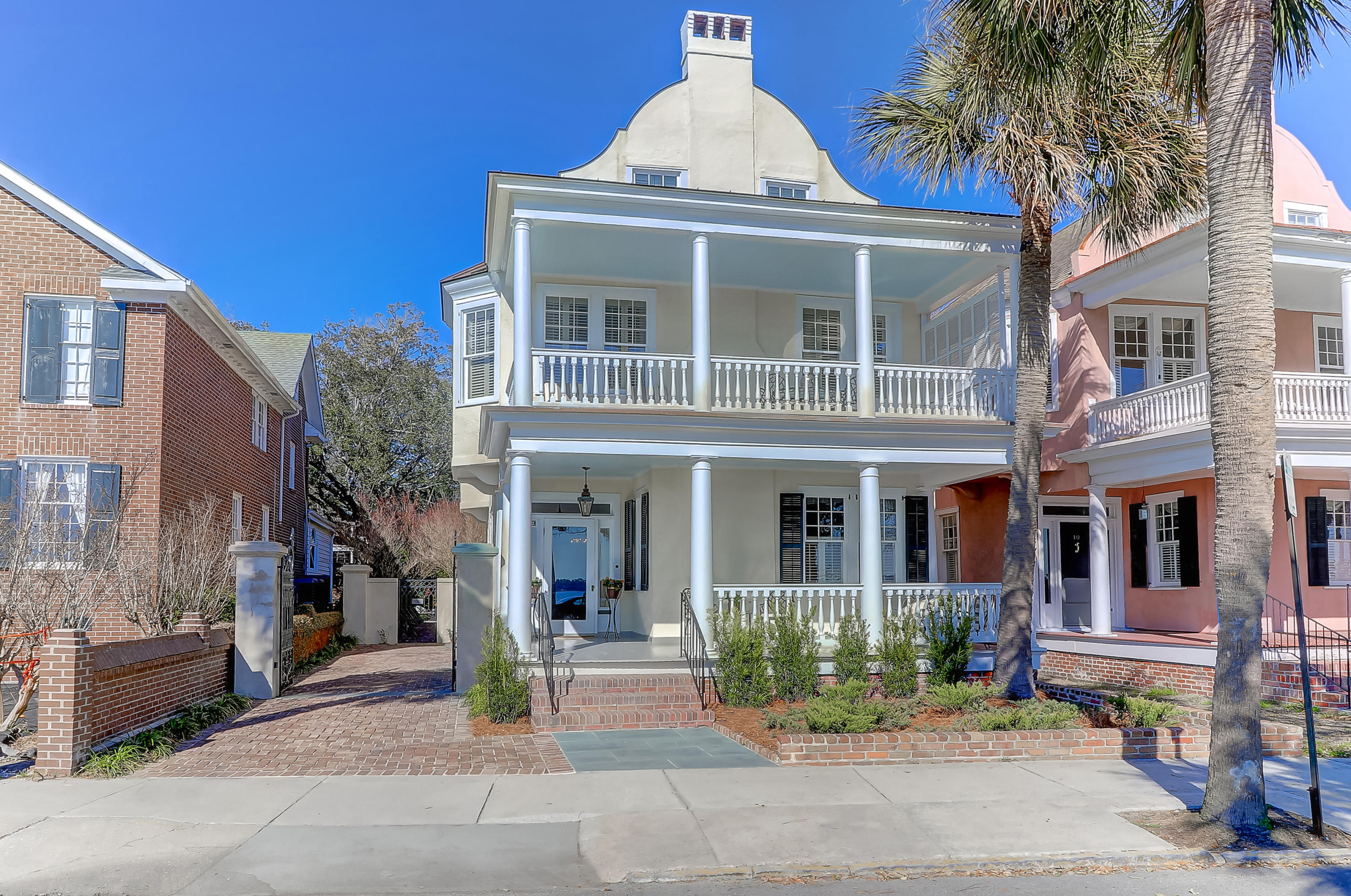 Photo of 12 Murray Blvd, Charleston, SC 29401