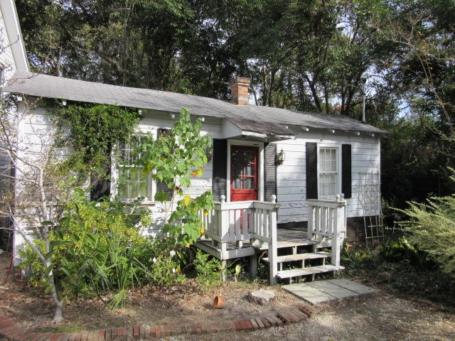 Photo of 609 W Richardson Ave, Summerville, SC 29483