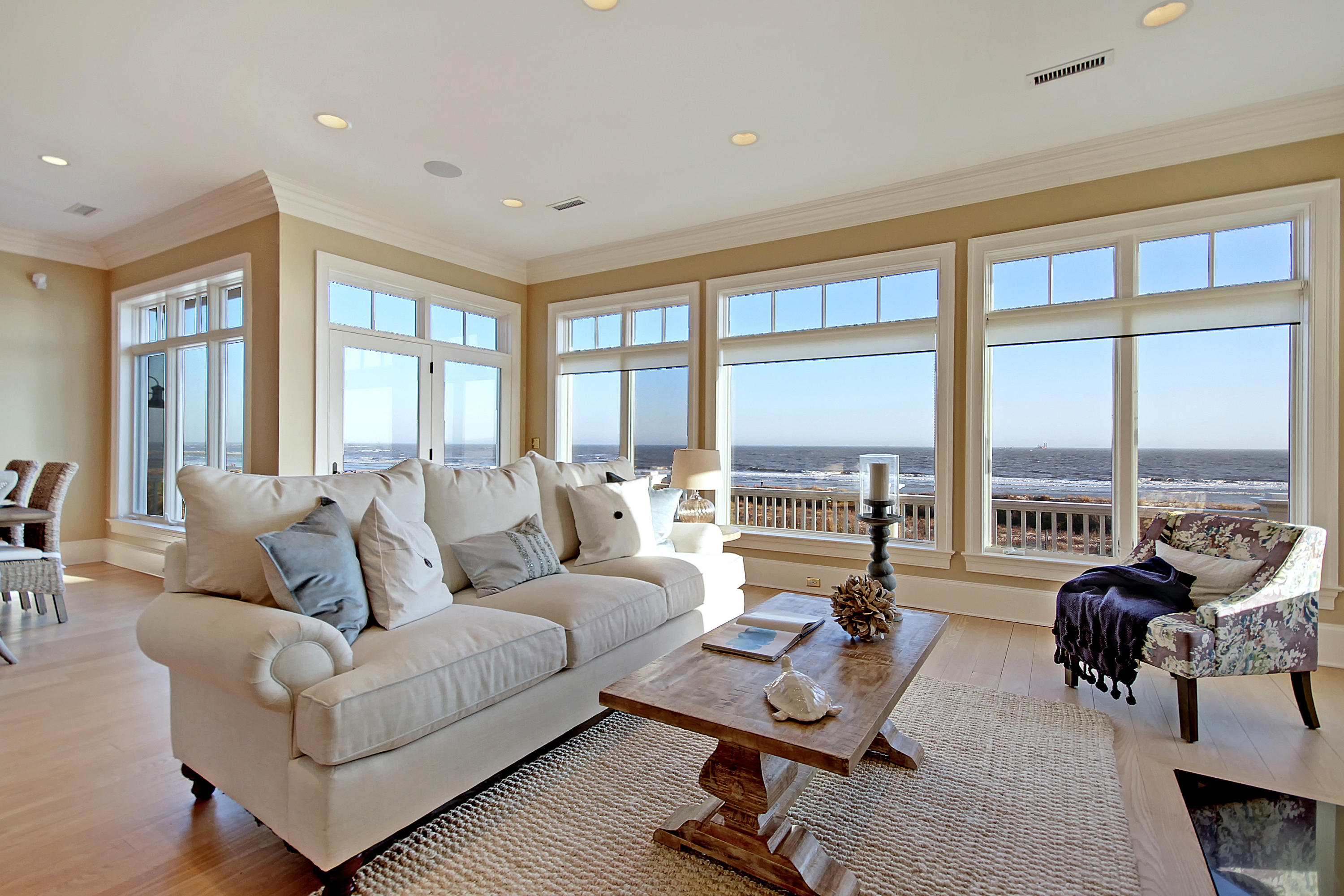 Photo of 10 55th Ave, Isle of Palms, SC 29451