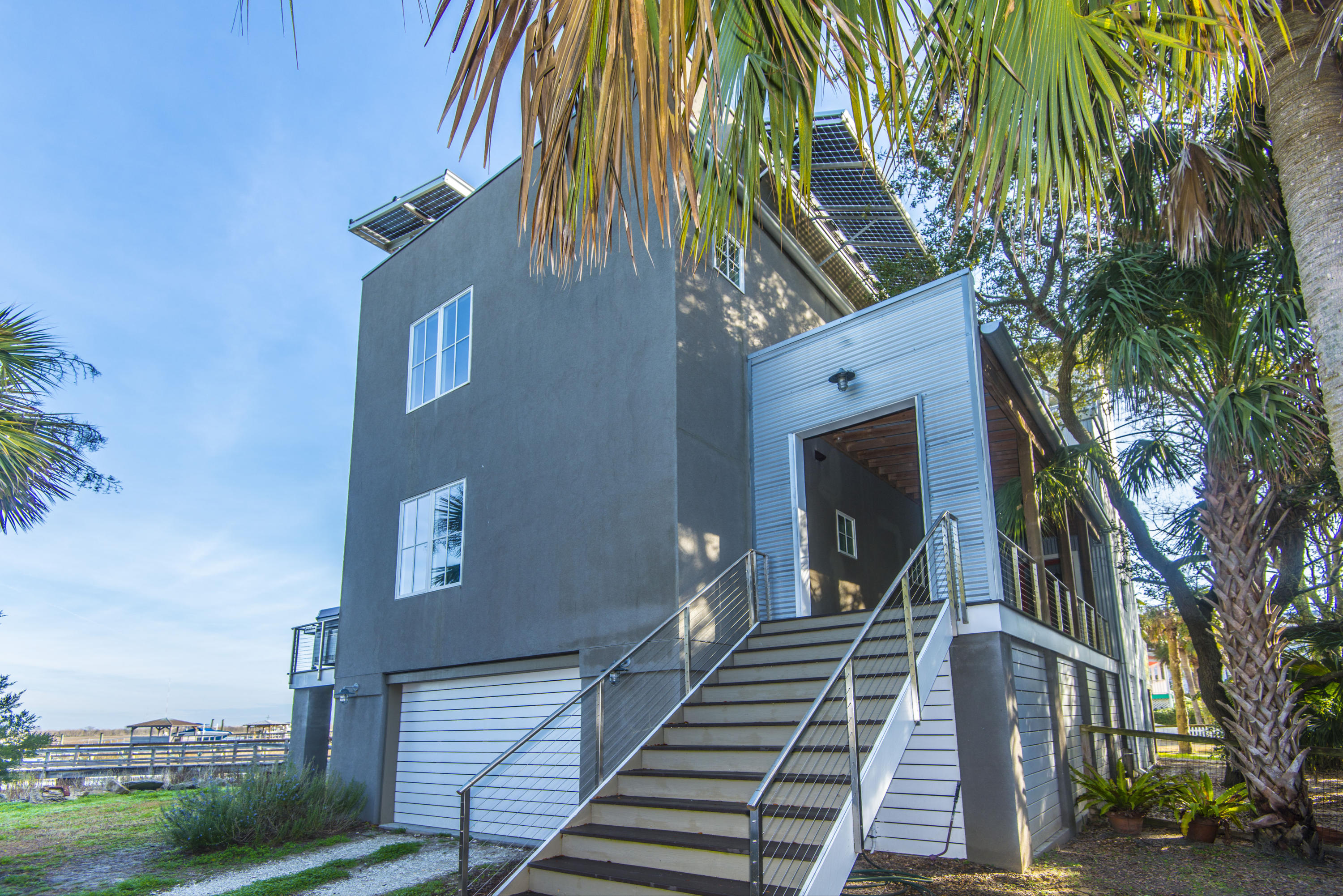 Photo of 407 Oneil St, Sullivan's Island, SC 29482