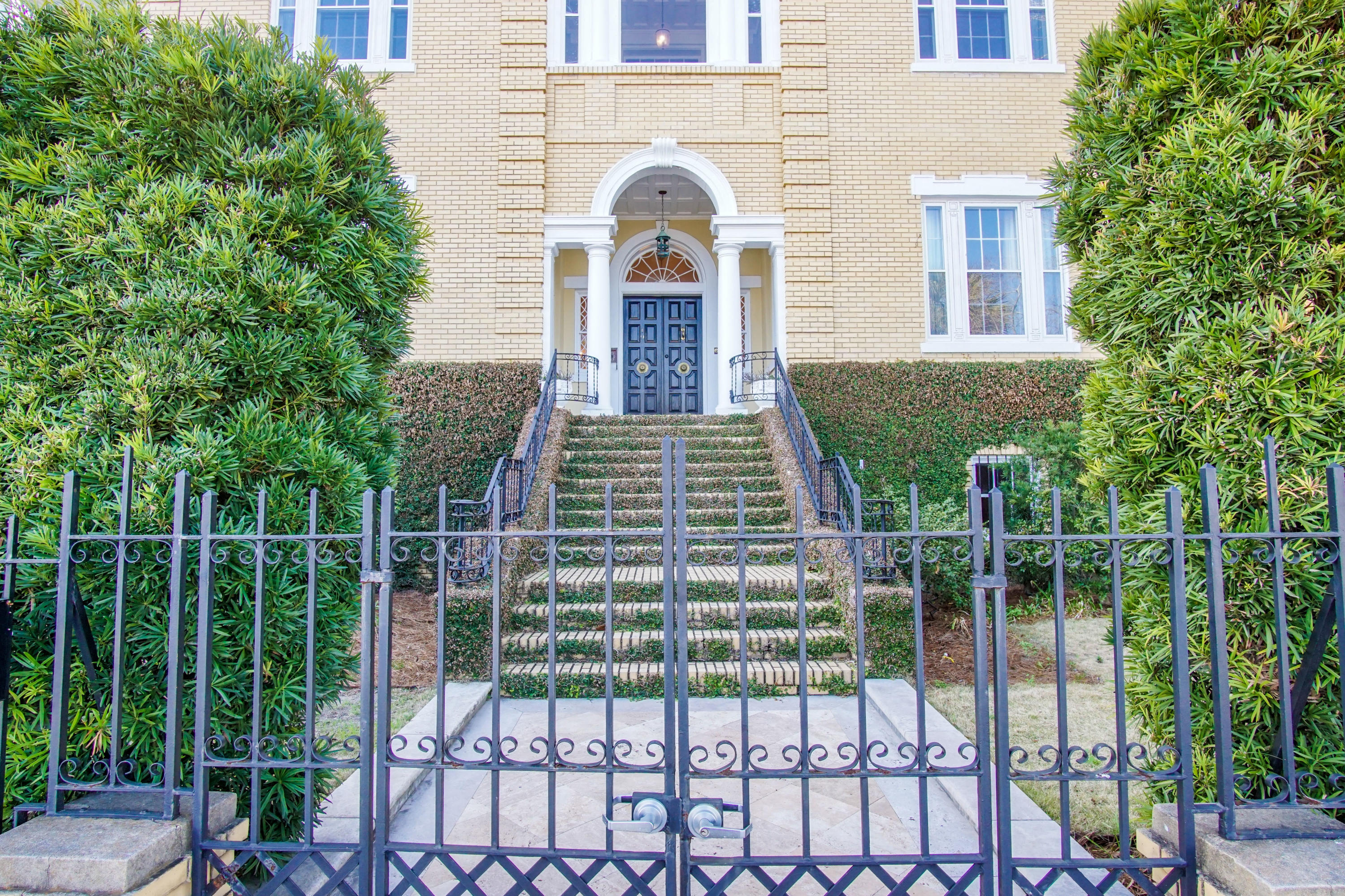 South of Broad Homes For Sale - 19 Battery, Charleston, SC - 43