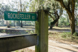 Home for Sale Rockefeller Road, Yellow House, Wadmalaw Island, SC