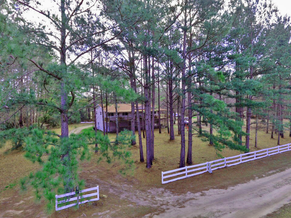 Photo of 436 Arrowhead Ln, Round O, SC 29474