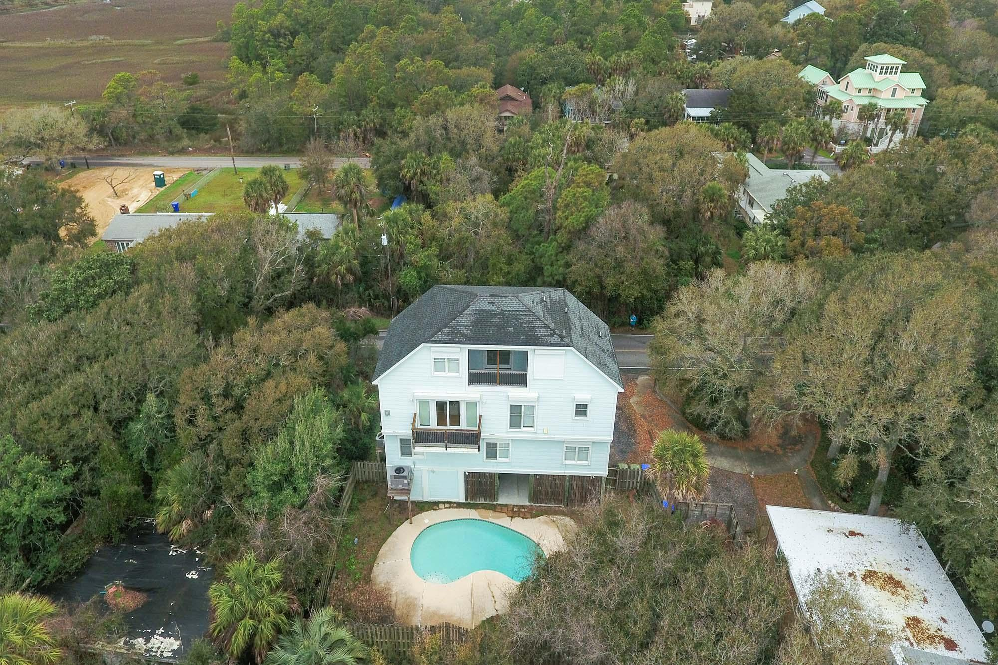 Photo of 915 E Ashley Ave, Folly Beach, SC 29439