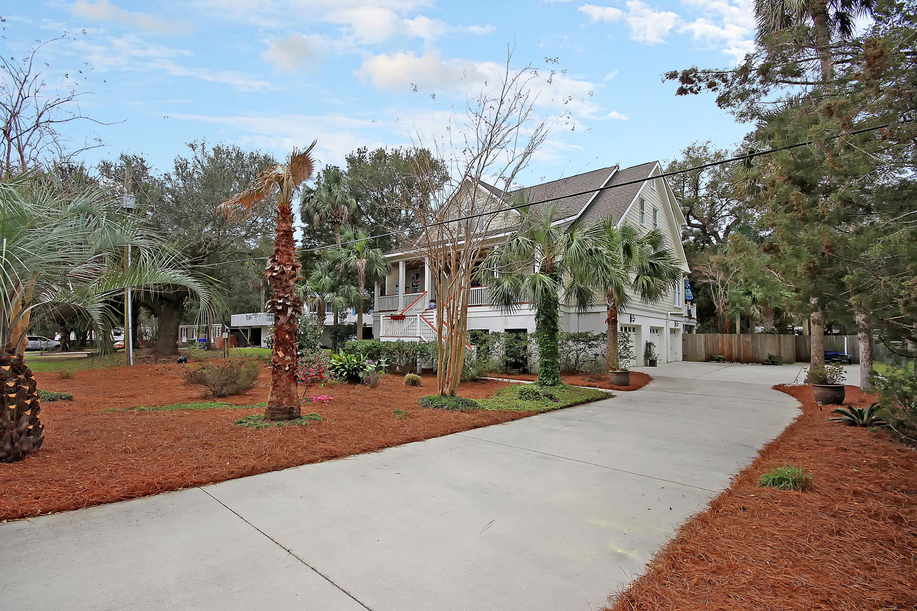 Photo of 31 27th Ave, Isle of Palms, SC 29451