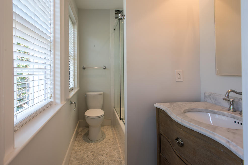 South of Broad Homes For Sale - 12 Bedons, Charleston, SC - 22