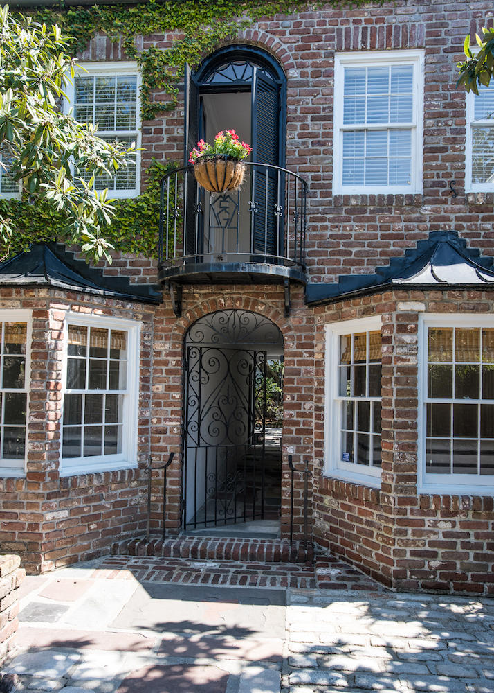 South of Broad Homes For Sale - 12 Bedons, Charleston, SC - 4