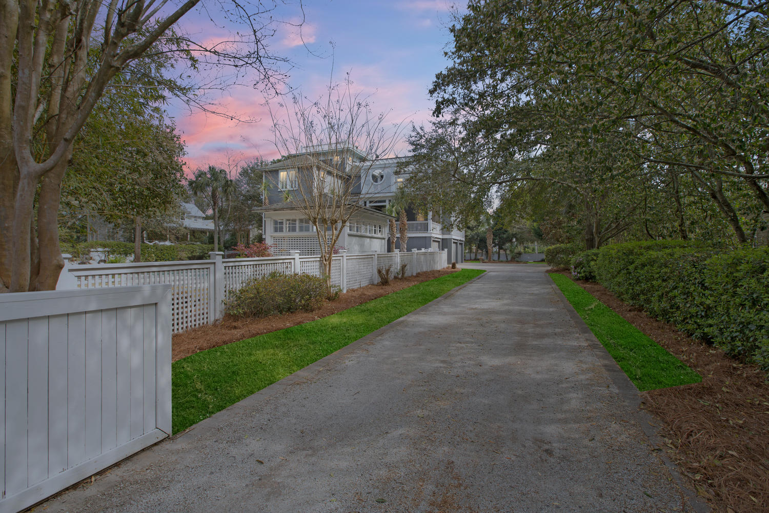 Photo of 2257 Myrtle Ave, Sullivan's Island, SC 29482