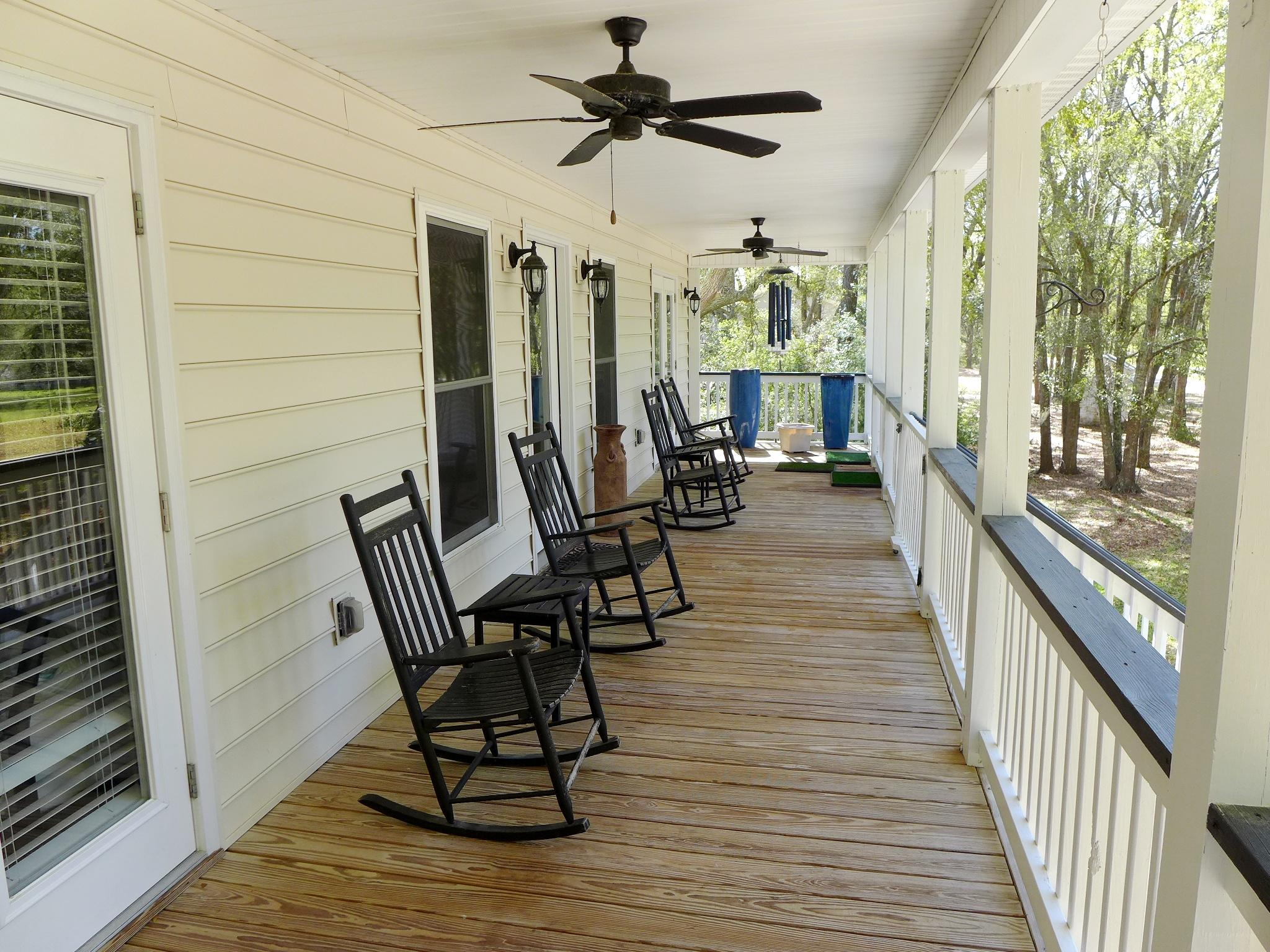 Photo of 8235 Seaside Oaks Ln, Edisto Island, SC 29438