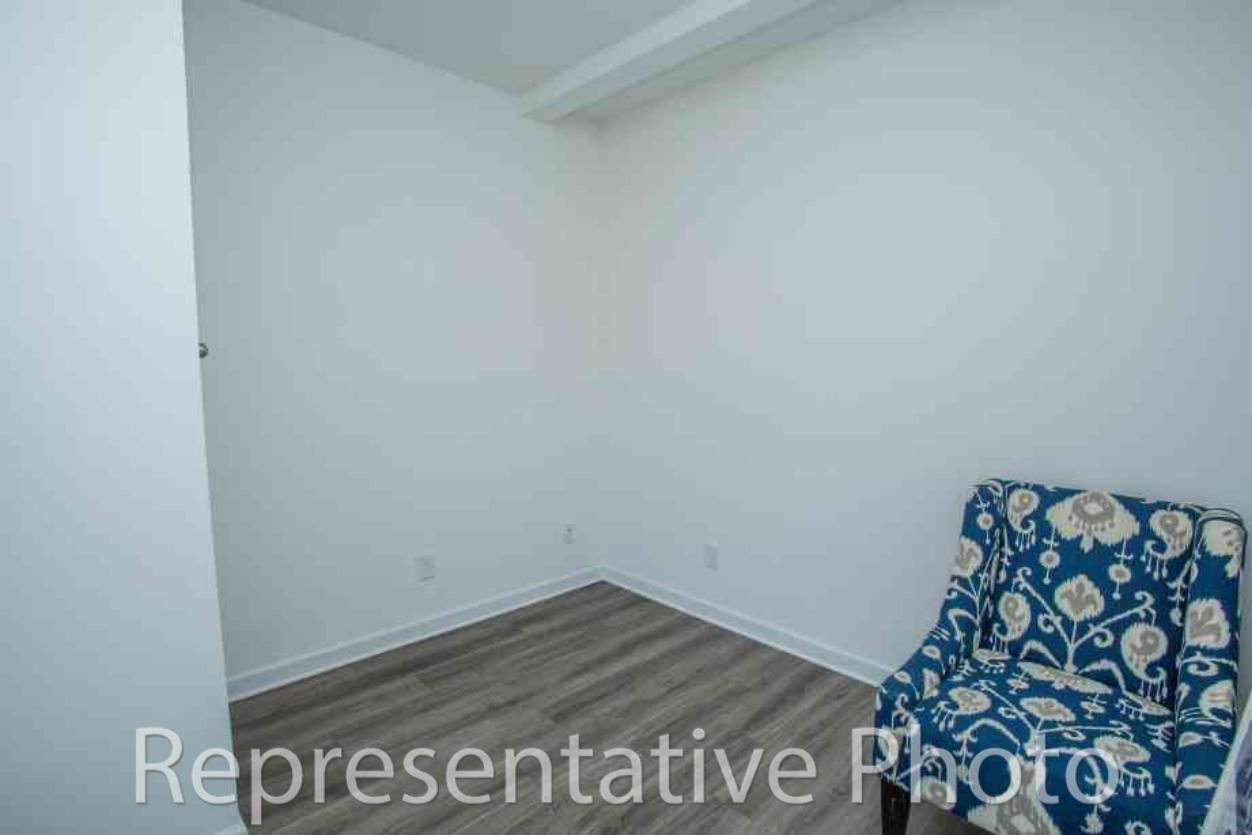 Photo of 110 Doral Blue