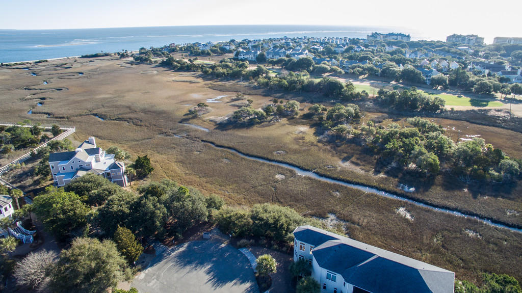 Photo of 12 Seagrass Ln, Isle of Palms, SC 29451