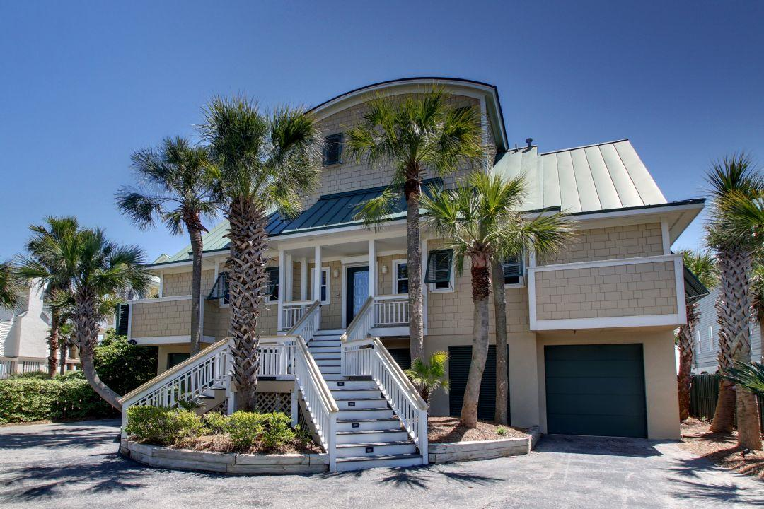 Photo of 808 Ocean Blvd, Isle of Palms, SC 29451