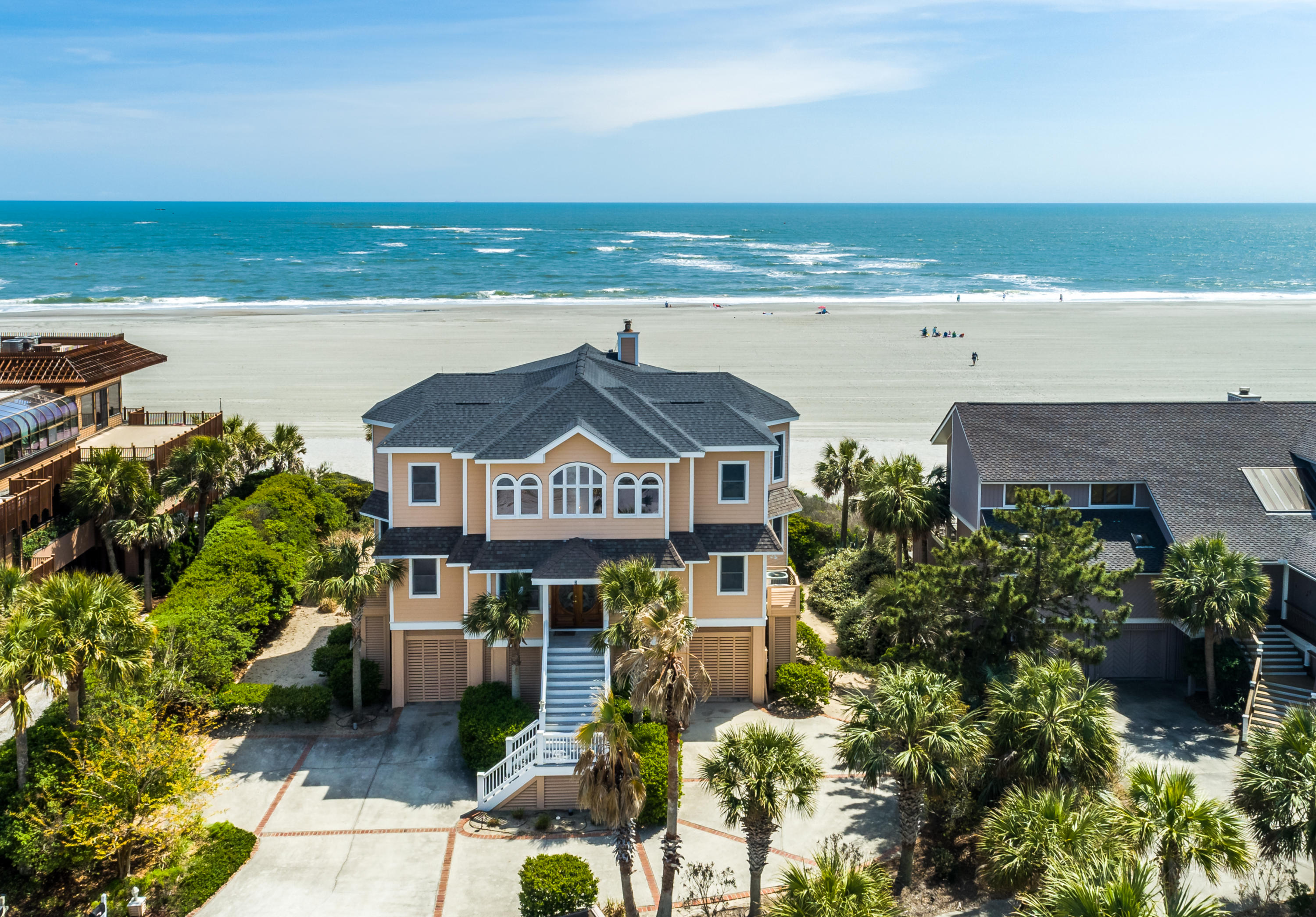 Photo of 5 Dunecrest Ln, Isle of Palms, SC 29451