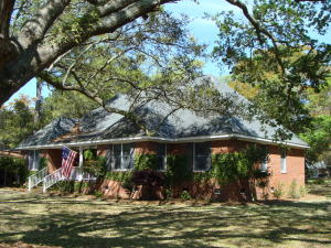 Photo of 1045 Cliffwood Drive, The Groves, Mount Pleasant, South Carolina