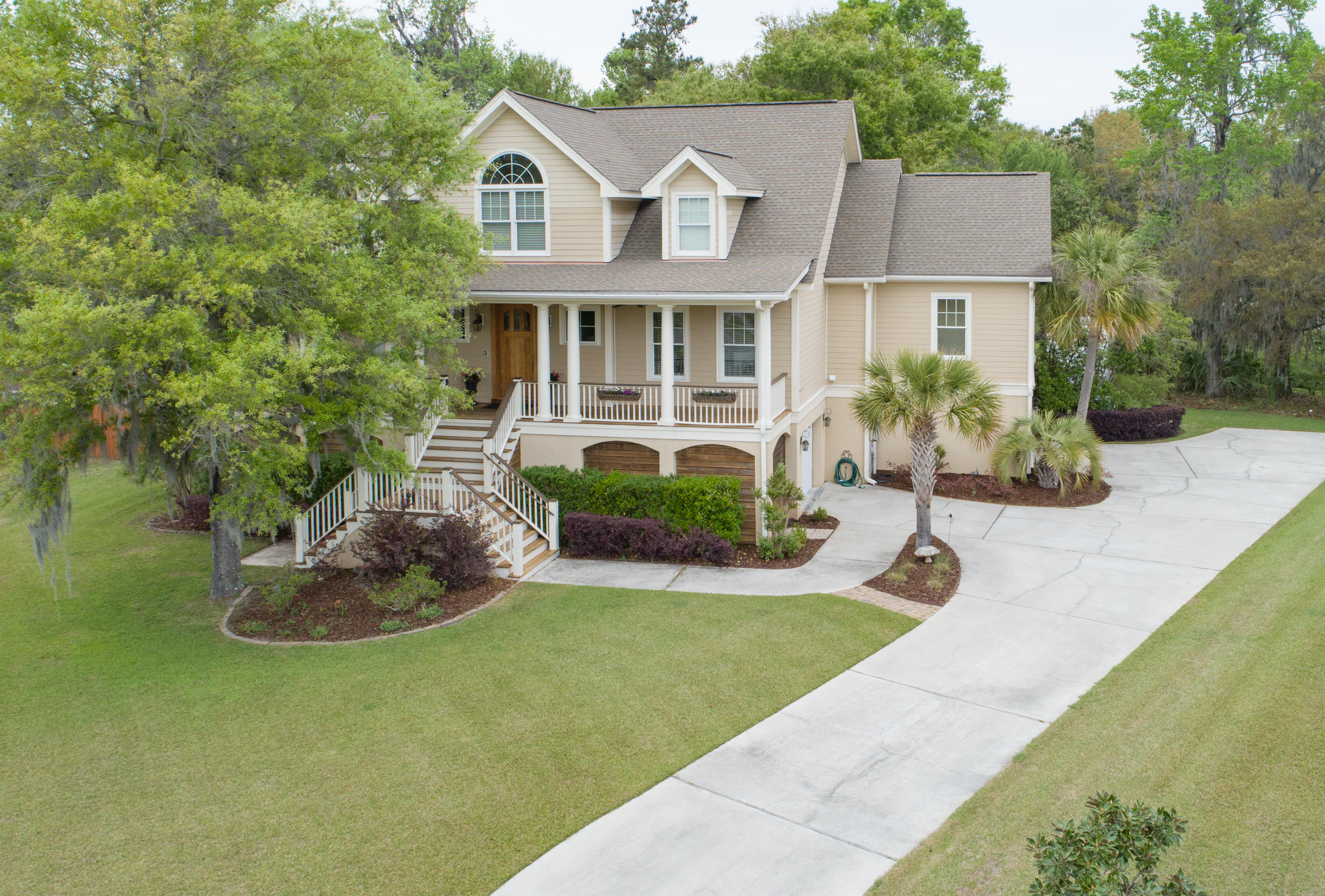 Photo of 308 Lindrick Ct, Charleston, SC 29414