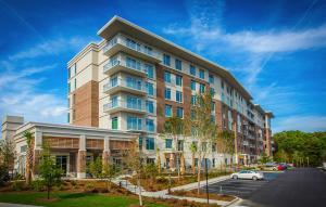 Home for Sale Wingo Way, Tides IV Condominiums, Mt. Pleasant, SC
