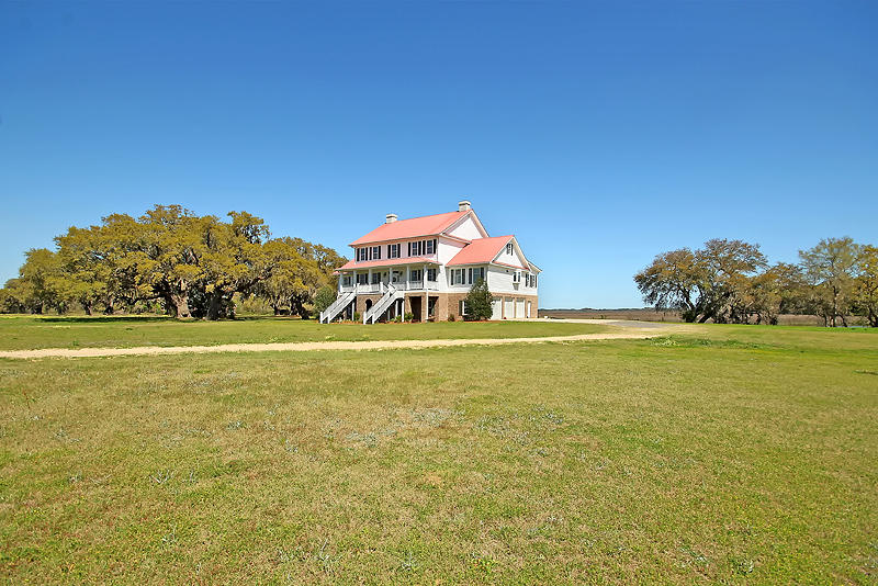 Photo of 2965 River Rd, Johns Island, SC 29455