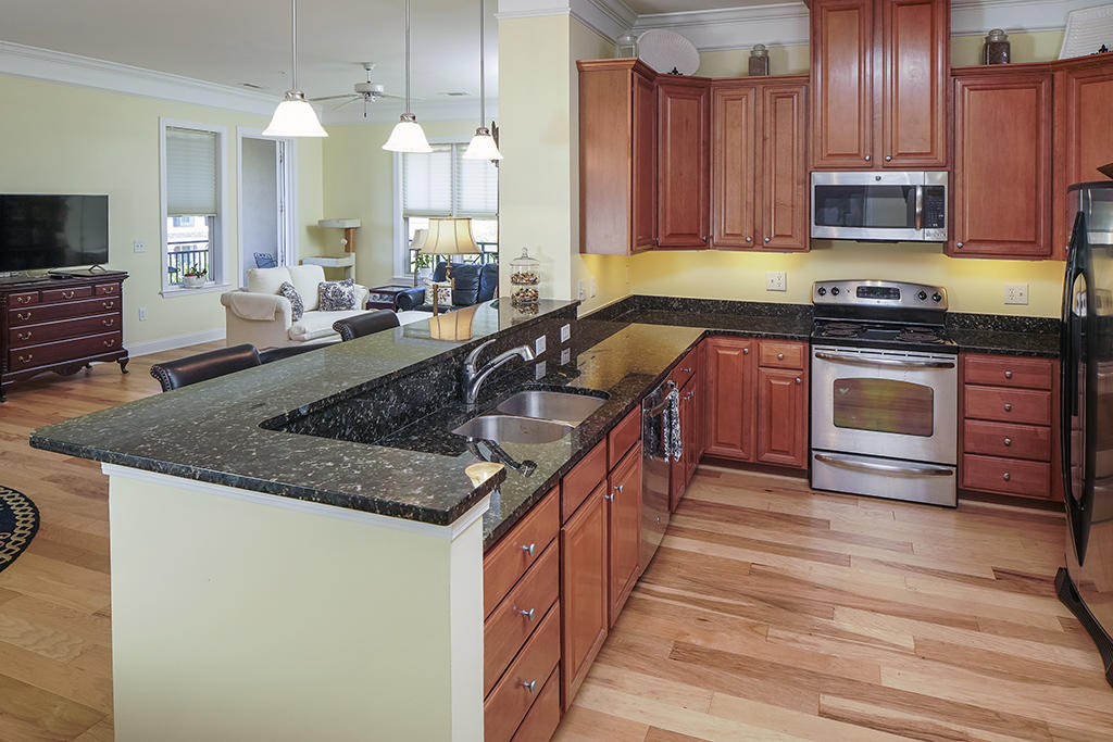 Daniel Island Homes For Sale - 200 River Landing, Charleston, SC - 25