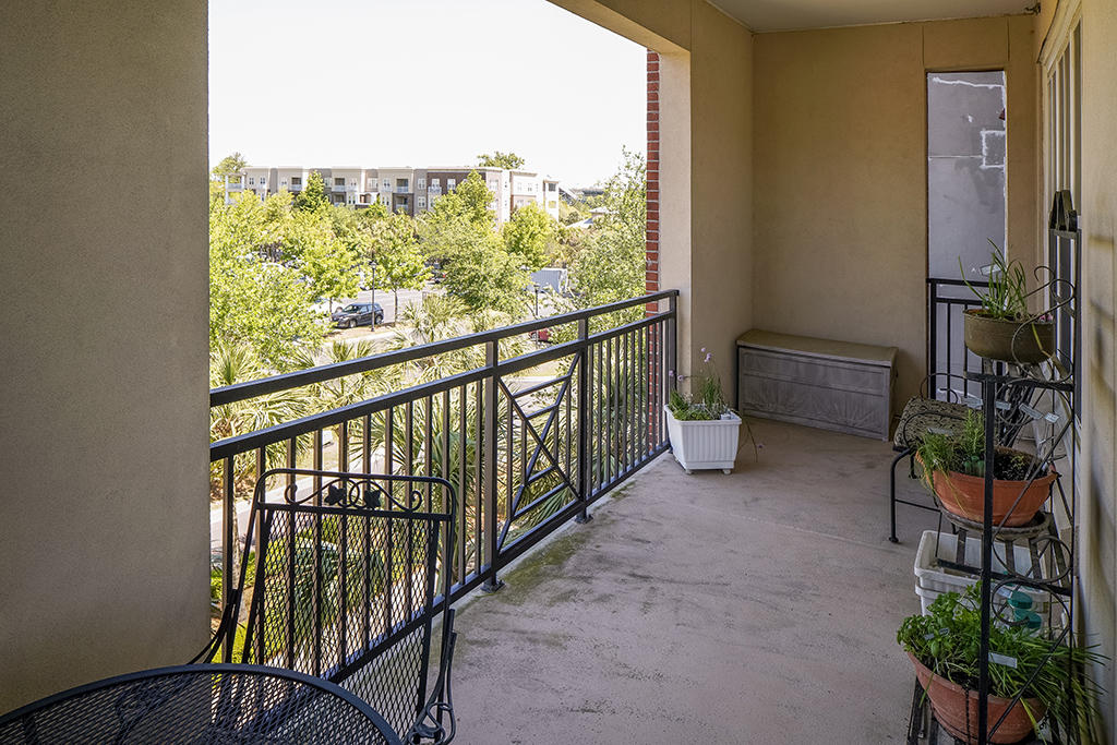 Daniel Island Homes For Sale - 200 River Landing, Charleston, SC - 10