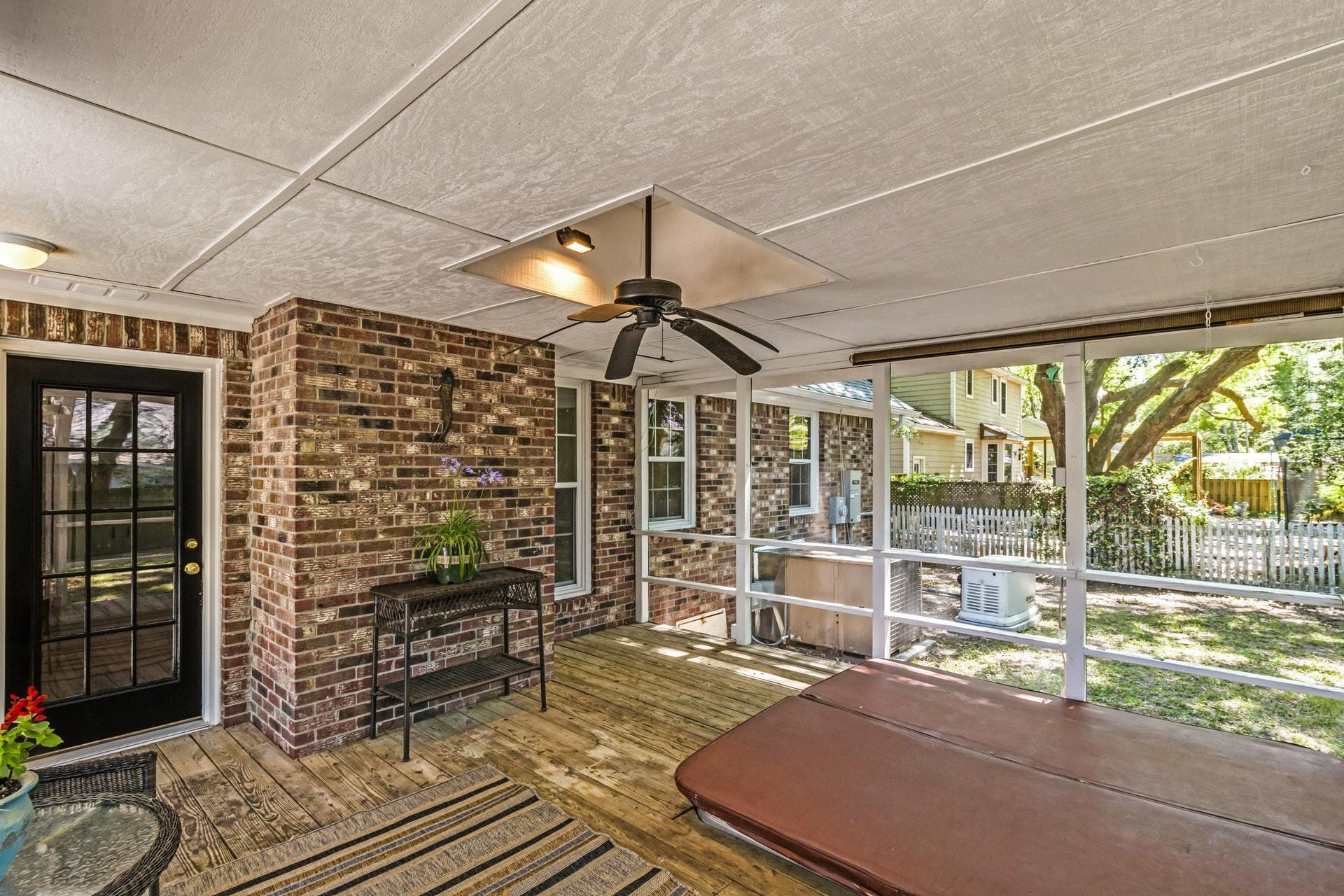 Shemwood II Homes For Sale - 969 Sea Gull, Mount Pleasant, SC - 2