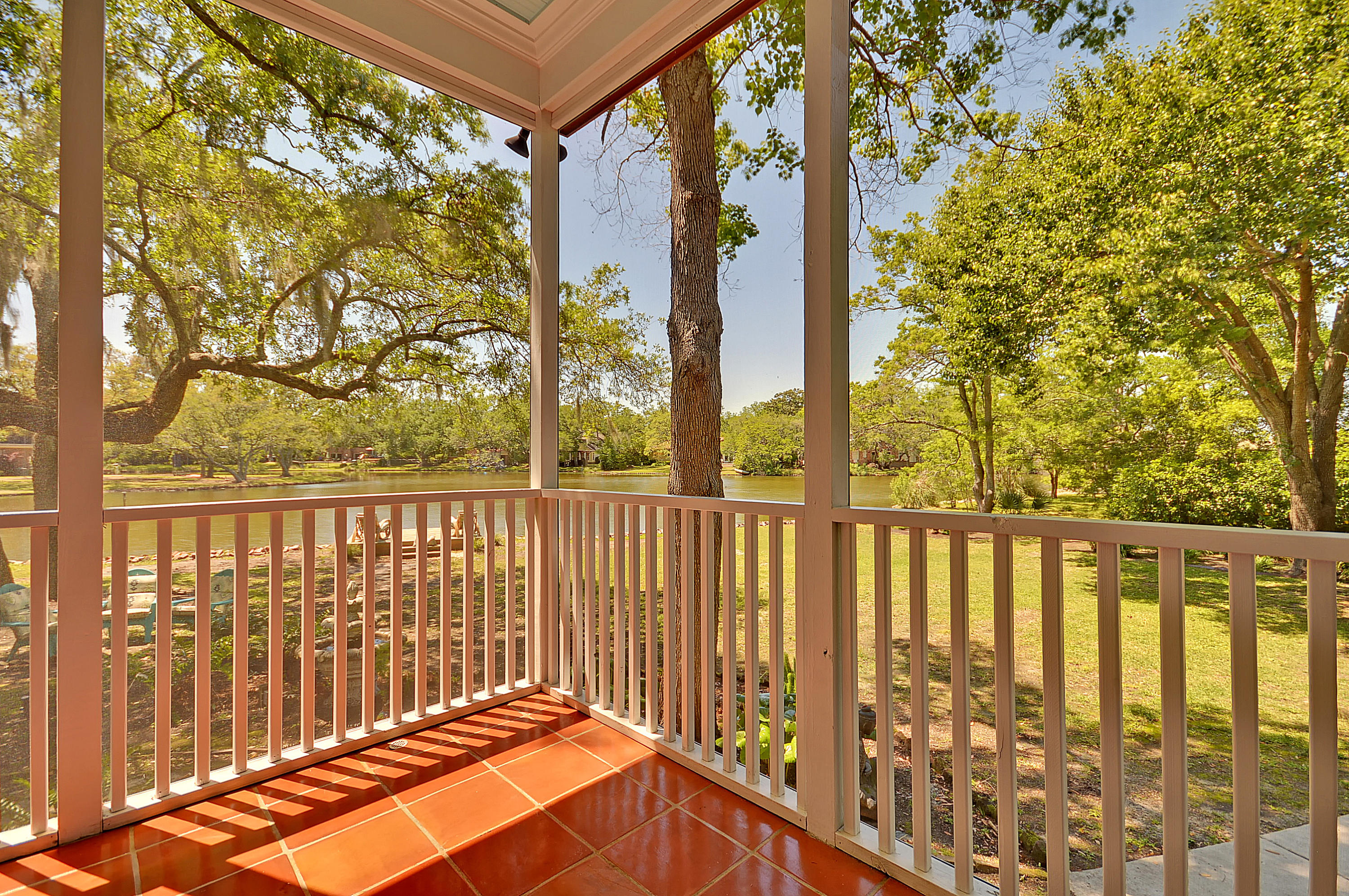 Photo of 787 Woodward Rd, Charleston, SC 29407