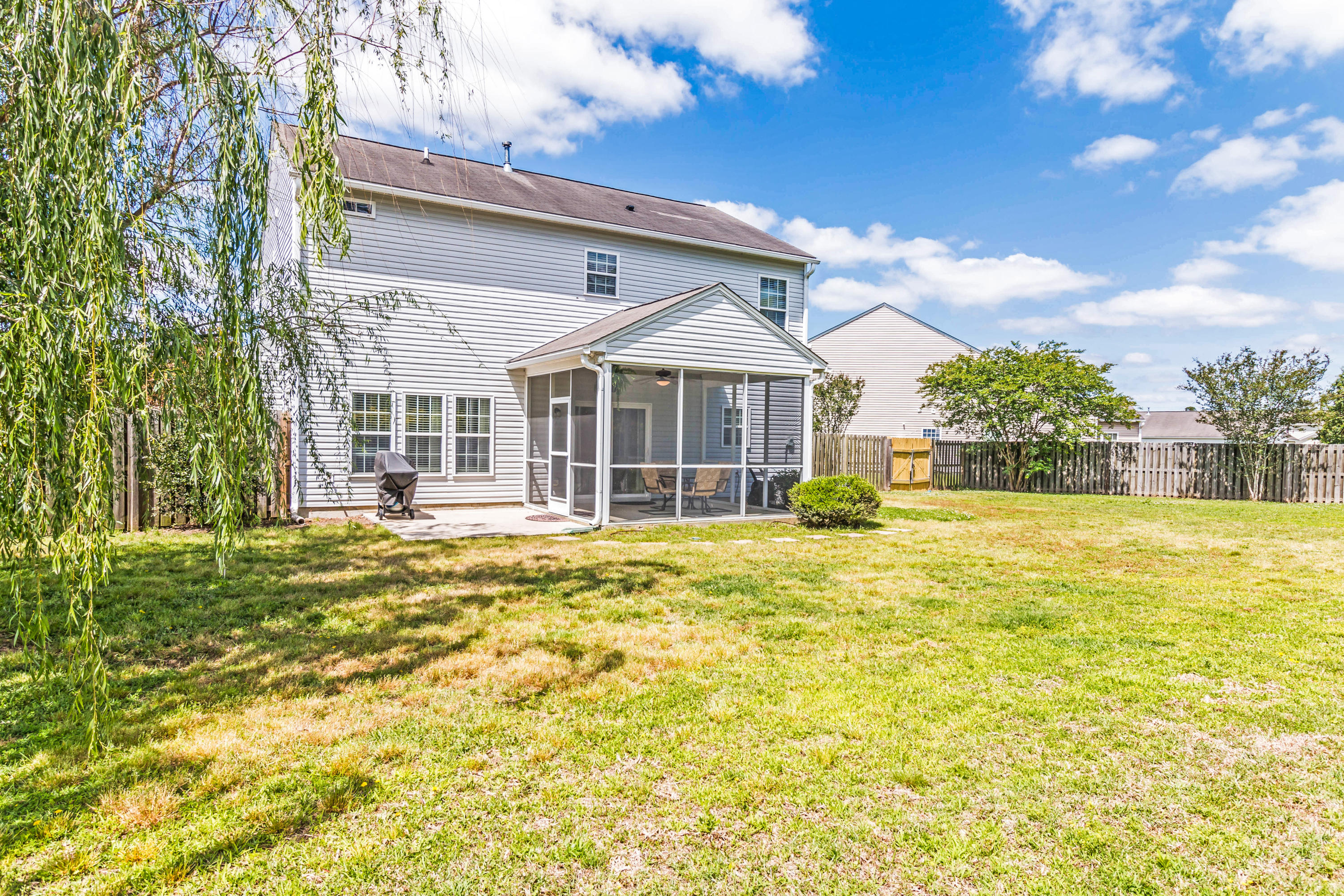 Photo of 1409 Red Knot Ct, Hanahan, SC 29410