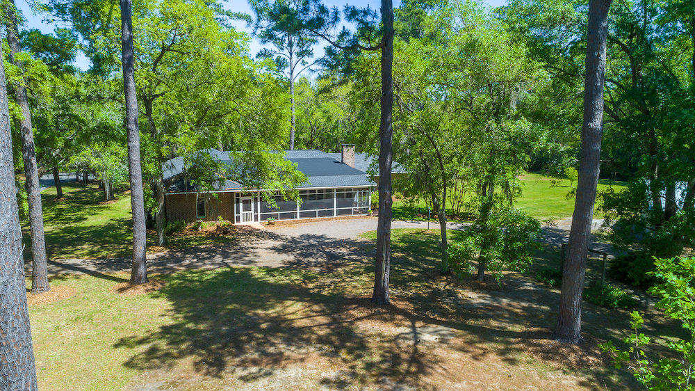 Photo of 107 Cassena St, McClellanville, SC 29458