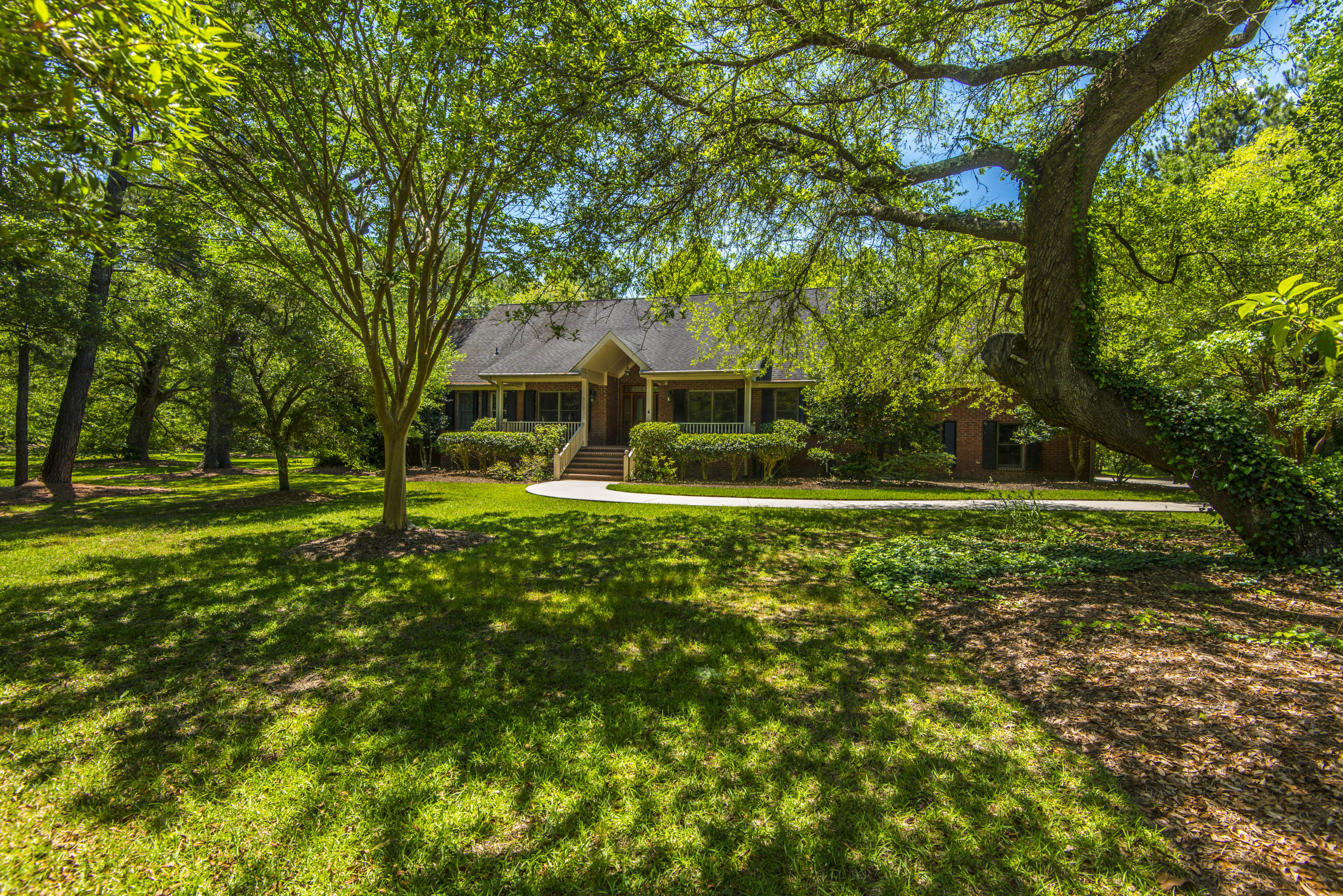 Photo of 206 Ferry Point Dr, Wando, SC 29492