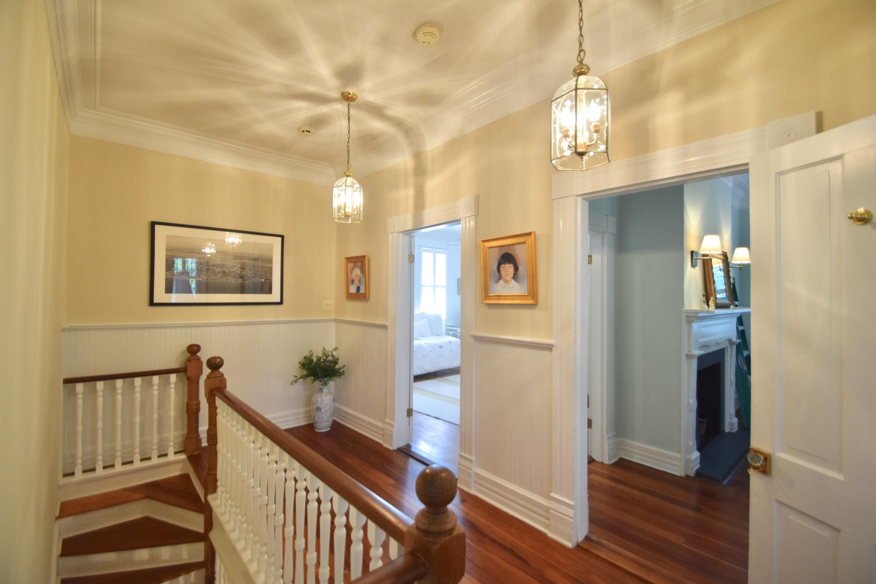 Photo of 108 E Carolina Ave, Summerville, SC 29483