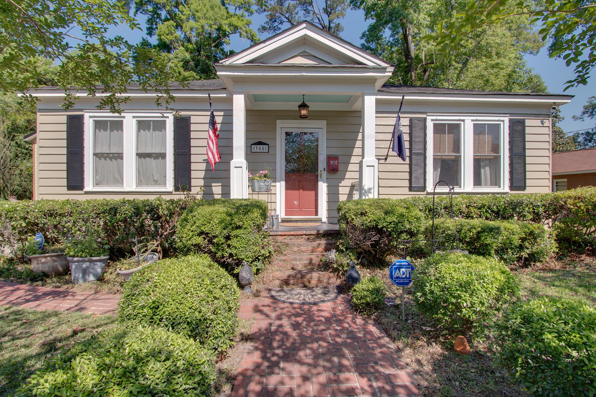 Historic District Homes For Sale - 308 Pine, Summerville, SC - 26