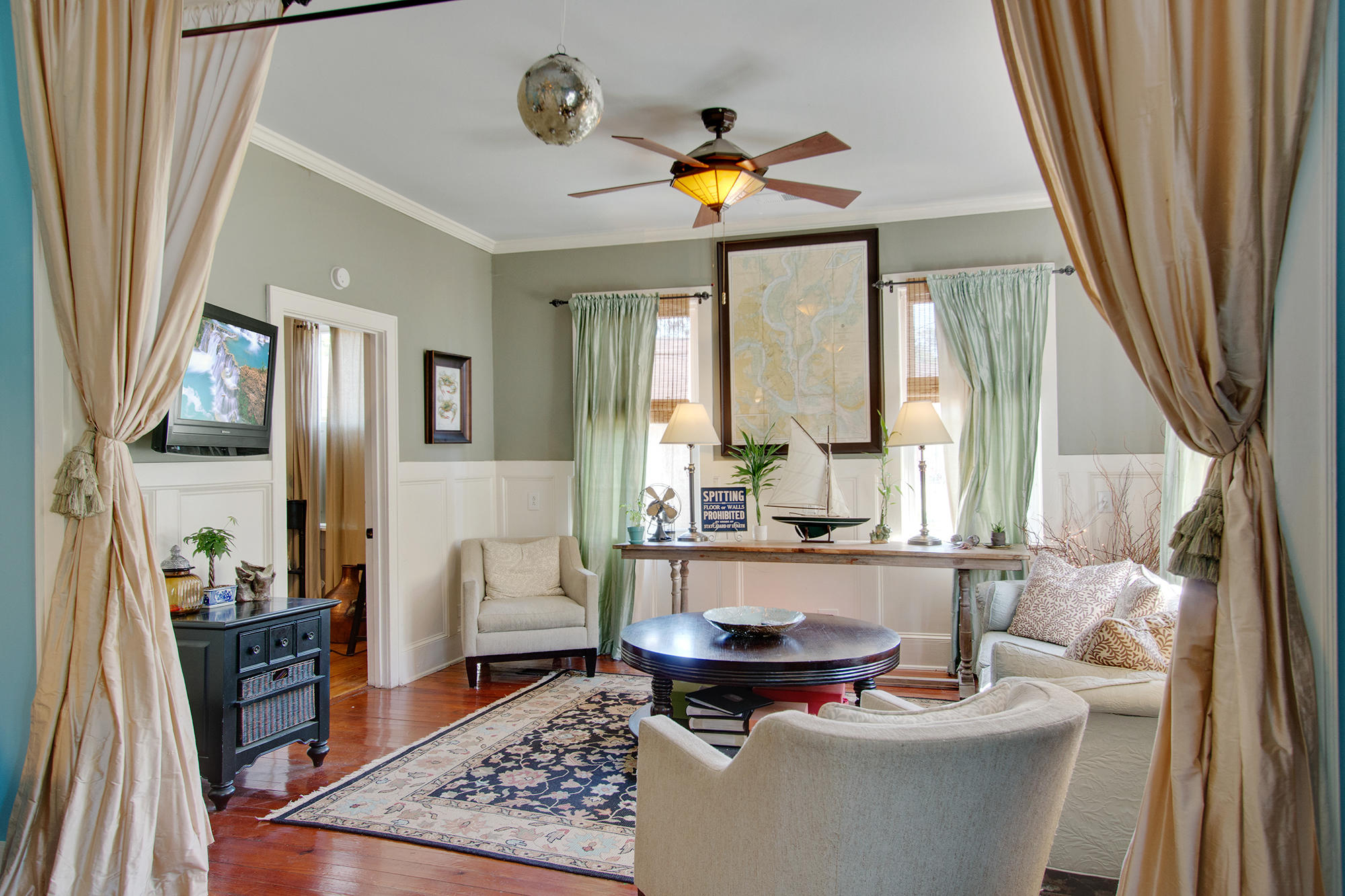 Historic District Homes For Sale - 308 Pine, Summerville, SC - 24