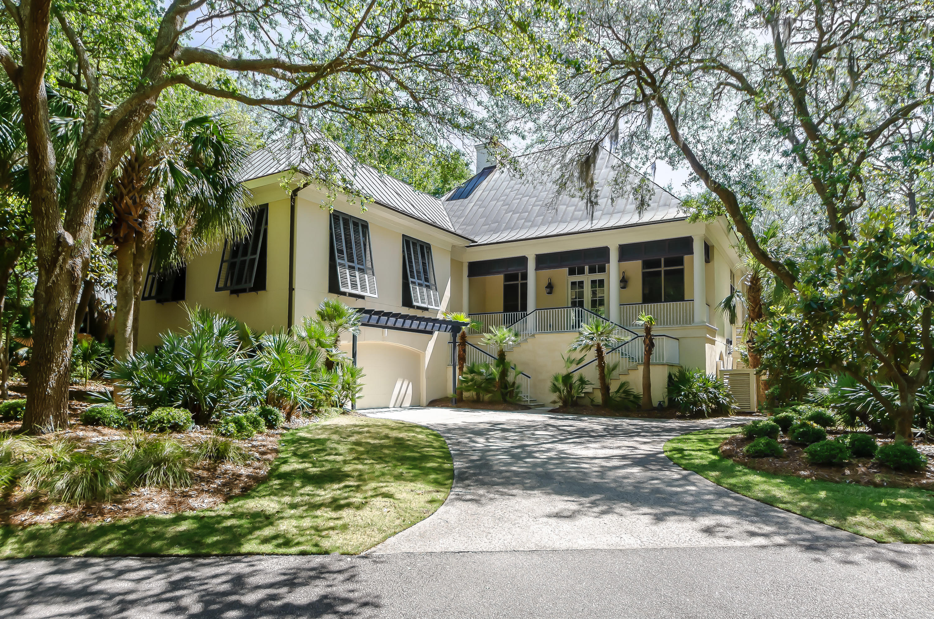 Photo of 411 Ocean Oaks Ct, Kiawah Island, SC 29455