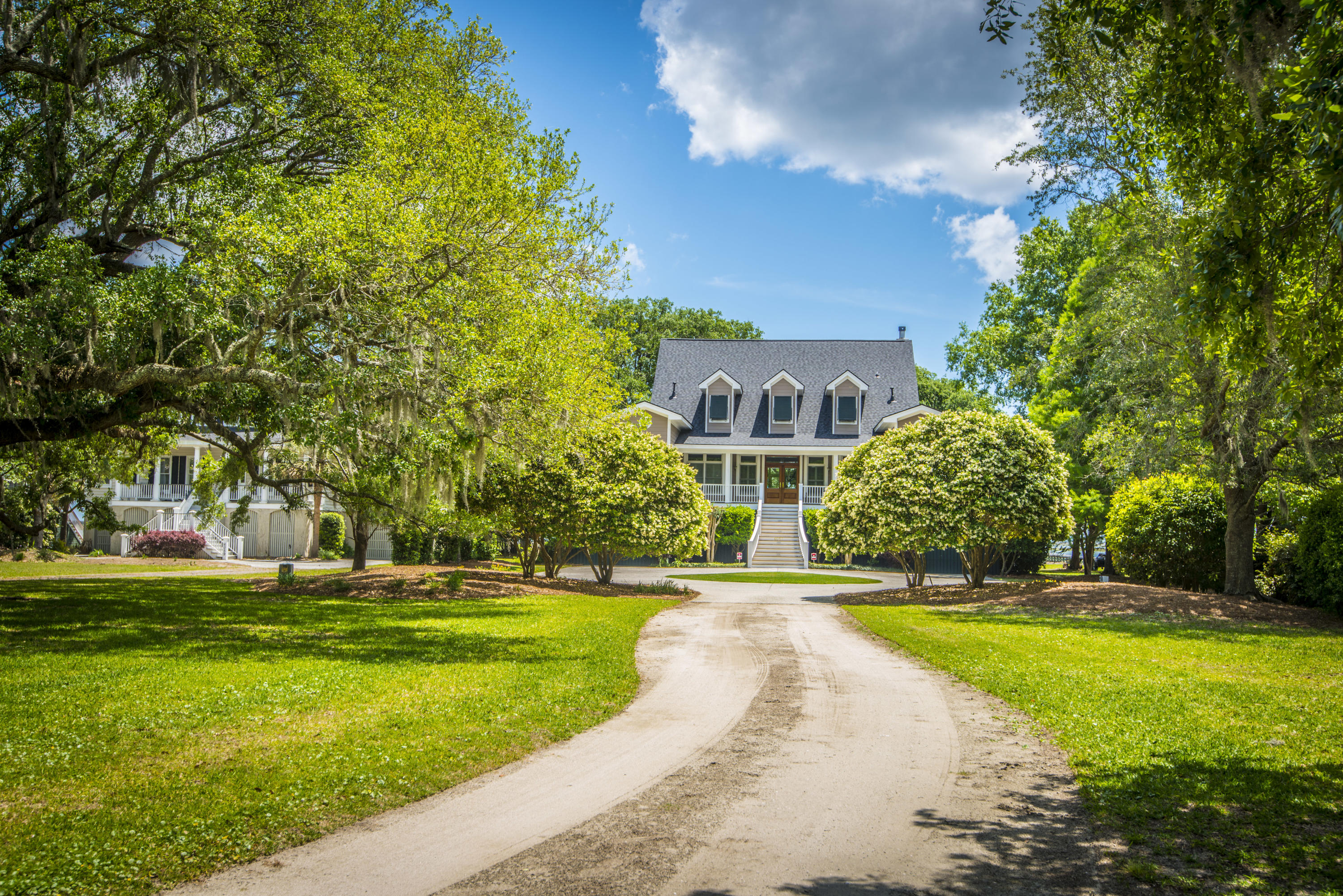 Photo of 6057 Mossey Grove Ln, Awendaw, SC 29429
