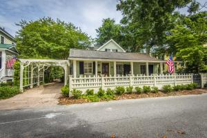 Photo of 301 Morrison Street, Old Village, Mount Pleasant, South Carolina